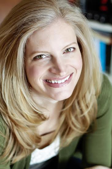 Amy Engel author photo