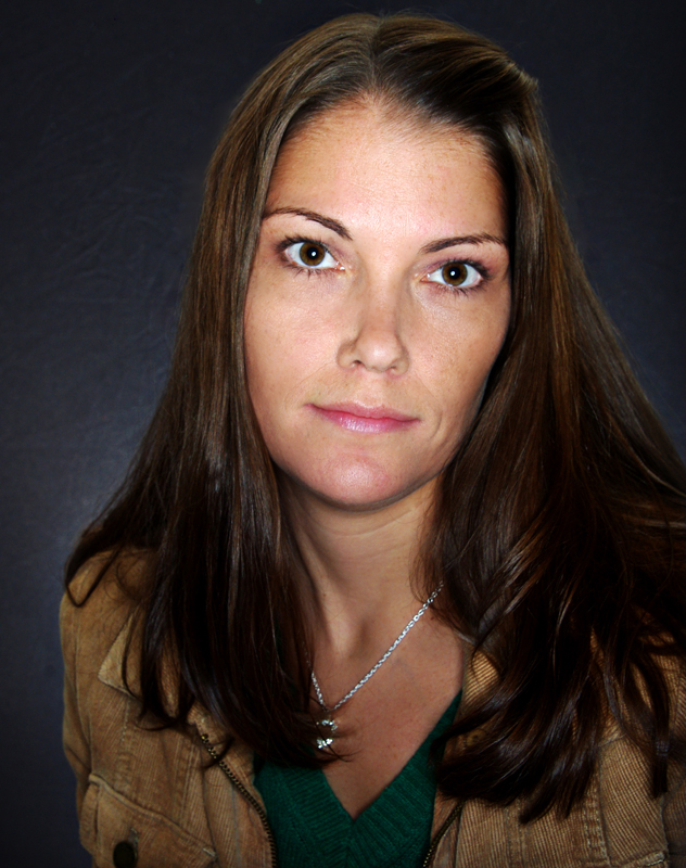 Julie Cross_Author Photo